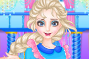 game Elsa Clean Up royal family
