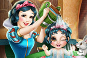 game Snow White Baby Wash